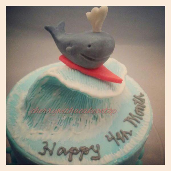 birth_whale_2